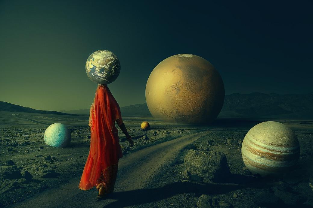 planet-4872299_1920